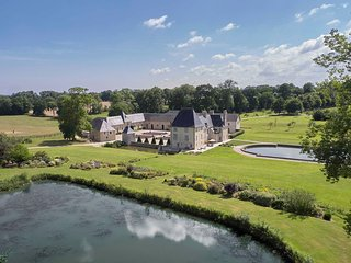 B&B at Manoir de Cleronde 17th Century old luxurious manor  *****