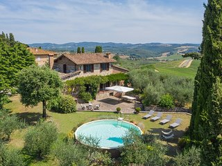 Castagno Villa Sleeps 9 with Pool Air Con and WiFi - 5574915