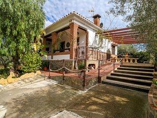 Francisquita - Modern Stylish Country Villa, Private Pool, Air Con, WiFi