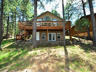 Four Bears Bungalow - Cozy Cabins Real Estate, LLC.