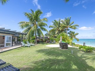 Absolute Beachfront Villa – beachfront bliss
