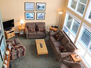 The View Upper - 3 Bedroom/3 Full Bathrooms Pet-Friendly! - Sleeps 10