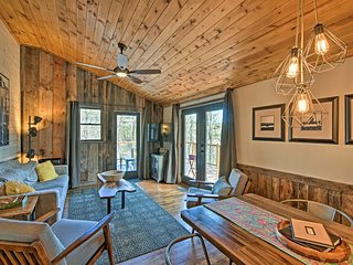 NEW! 'The Cottage at Camp Toccoa' w/Hot Tub, Views