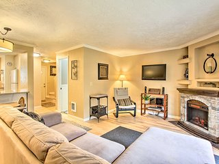NEW! Cozy Condo w/ Pool - By Downtown Eugene & UO!