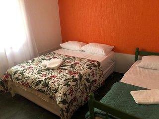 Hostel Pousada Los Pibes de Flores - Suite triplo