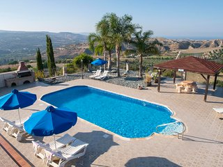 Trimithousa Villa Sleeps 8 with Pool Air Con and WiFi - 5820152