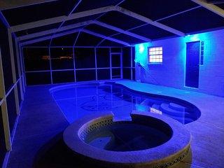 FLORIDA VACATION PARADISE: Heated Pool | Sleeps 20