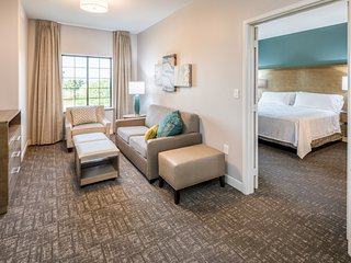 Free Breakfast. Outdoor Pool. Gym. King Suite w/ Kitchen!