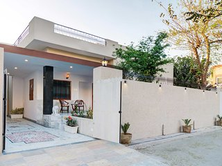 Pushp Villa by Vista Rooms