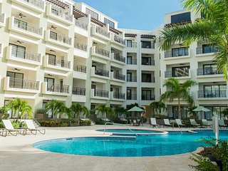 Delux one bed apartment on ground floor in front of swimming pool