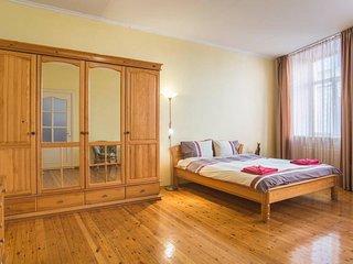 Vecriga Apartment Sleeps 10 with Free WiFi - 5829816