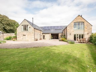 The Beehouse; secret rural gem close to St Andrews golf, beaches and countryside