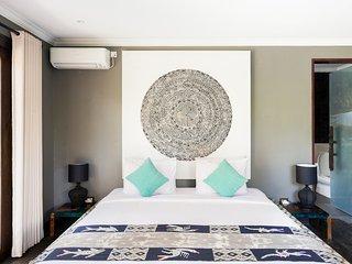 Basangkasa Villa Sleeps 20 with Pool and Air Con - 5816911