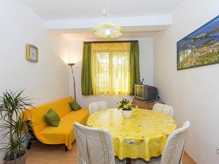 Medulin Apartment Sleeps 4 with Air Con - 5467301