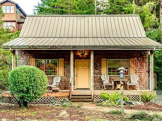 Cozy Cabin - NEW LISTING - Intimate cabin that's close to the beach and City