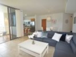 Splendid 3 Bedroom Condo at Solarea Beach Resort, vacation rental in Palmas Del Mar