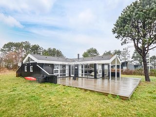 Amazing home in Ebeltoft w/ WiFi and 4 Bedrooms (D08068)
