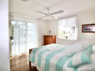 Aloha Alex Beach House Pet-friendly 450m from the beach