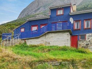 Nice home in Aure w/ 5 Bedrooms (N29310)