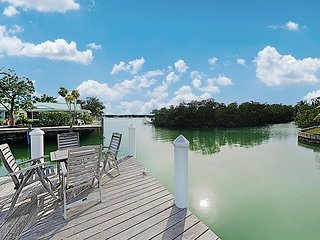 Sun-Soaked Canal-Front Home w/ Private Dock, Plunge Pool, Kayaks & Bicycles