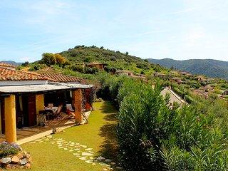 VILLA ELIOS - magnifica villa vicino alle spiagge di Chia