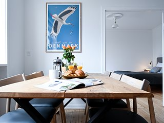 Modern 2-bedroom apartment in the family-friendly suburbs of Copenhagen