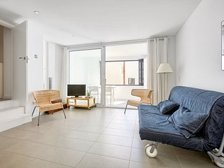Cadaques Cool Apartments: ground floor and covered terrace, center