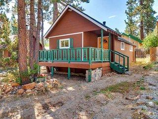 Cozy Pines Retreat