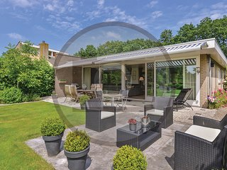 Stunning home in Arnemuiden w/ WiFi and 3 Bedrooms (HZE080)