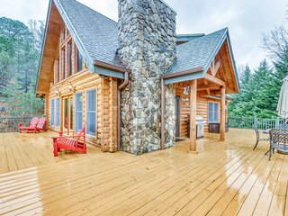 Stunning cabin with beautiful views, wrap around deck, and private grill