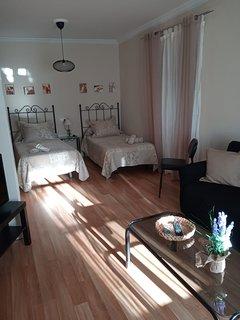Dormitorio y sala