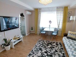 Two bedrooms. 5 Lesi Ukrainky blvd. Near Parus