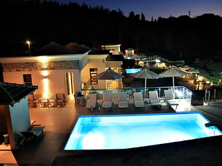 Syvota Villa Sleeps 10 with Pool Air Con and WiFi - 5248742