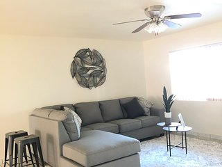 Spacious Warm Home Close To 101 & Westgate