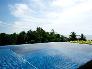 Kata gardens Phuket, luxury ocean view 2bedroom penthouse 4C