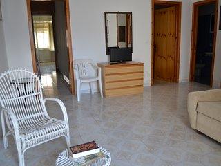 Casa vicino spiaggia 6/7 posti letto con parcheggio- LL45