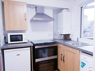 (b) Two Bedroom Flat with Lounge