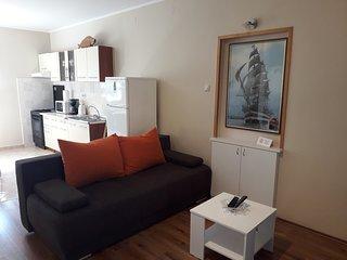Family ground floor apartment Puntamika