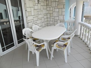 Zaton Obrovacki Apartment Sleeps 6 with Air Con - 5471749