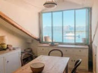 Bella Vista - Exclusive Apartment Corfu Old Town, holiday rental in Boukari