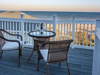 Captain's House A3 Newly Renovated Oceanfront Condo with direct beach access