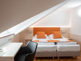 Guesthouse Vovko - Double or Twin room with extra bed