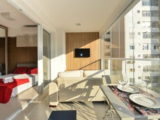 London SP 608B · STUDIO C/INFINITY POOL PROX. A AV. PAULISTA 608B.