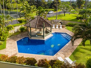 Beautiful Condo w/Golf Course Views, A/C, & Pool. Kuilima Estates West #119