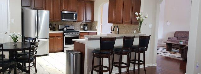 Cozy Houston Pearland Home - Close to Downtown, location de vacances à Rosharon