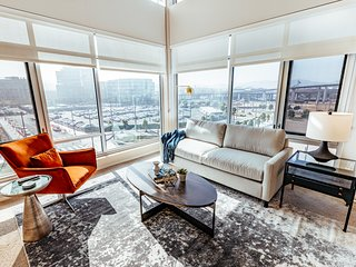 Stylish Luxury Apartment in Mission Bay