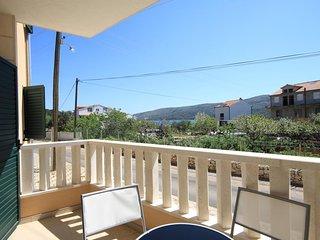 Poljica Kozicka Apartment Sleeps 8 with Air Con and WiFi - 5468719