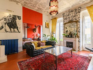 LUXURY&ATYPICAL APARTMENT IDEALY LOCATED IN THE HEART OF NICE