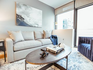 Stylish SOMA Apartment on Fremont Street