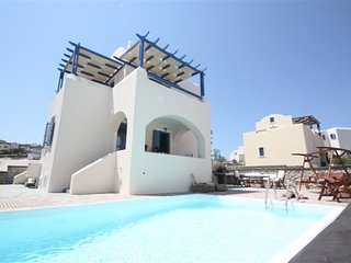 NEW Villa Apollon with Prive Pool & Parking, 6pax
